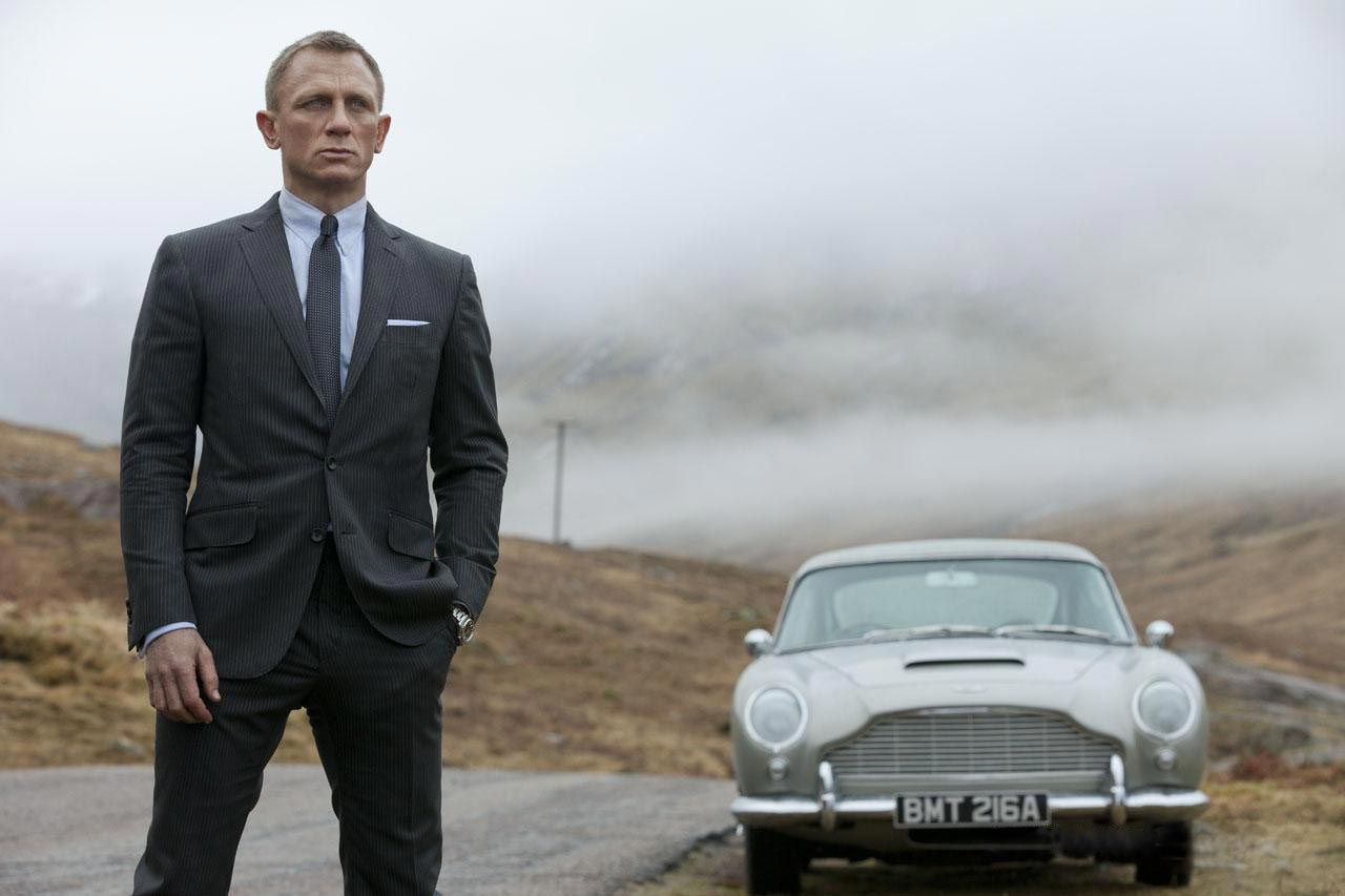 """#BOXOFFICE: """"SKYFALL"""" IS EARTH-SHATTERING AT BOX OFFICE"""