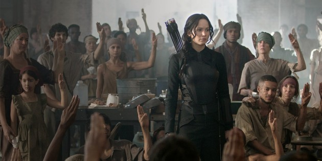 "#REVIEW: ""THE HUNGER GAMES: MOCKINGJAY, PART 1″"