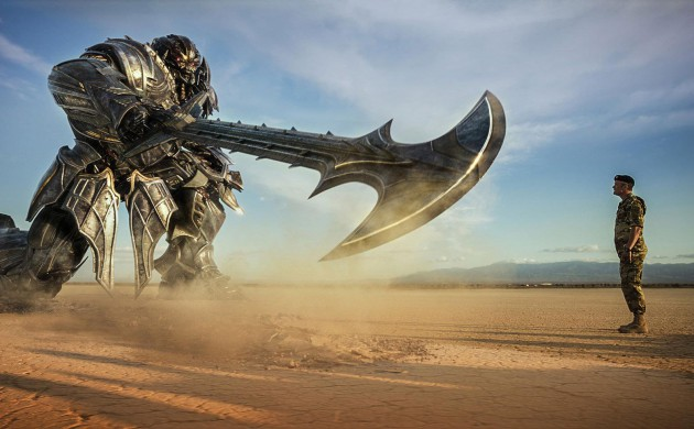 "#BOXOFFICE: ""TRANSFORMERS: THE LAST KNIGHT"" DEBUTS ON-TOP"