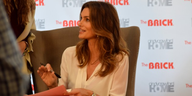 #SPOTTED: CINDY CRAWFORD AT THE BRICK IN MISSISSAUGA FOR THE CINDY CRAWFORD HOME COLLECTION