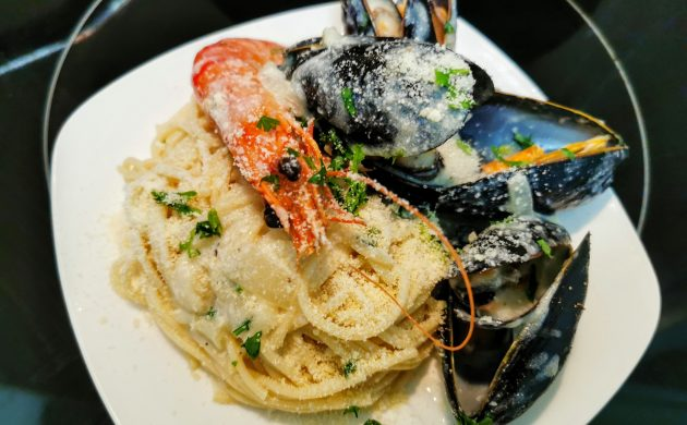 #COOKING: PASTA WITH SHRIMP AND MUSSELS IN WINE-CREAM SAUCE RECIPE